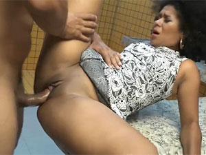 Brenda Suiane abriu as pernas gemendo no sexo nacional