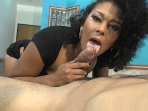 Brenda Suiane fazendo boquete HD