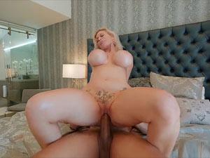 Casca Akashova XXX em porn sexo HD